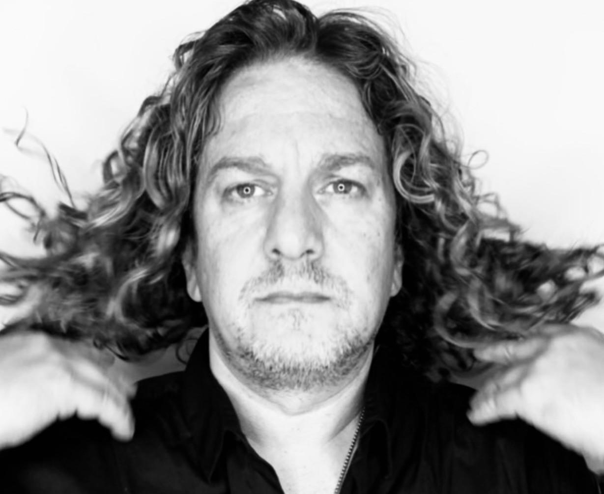 Ernesto_Domanico_Torontos_Best_HairStylist_2020